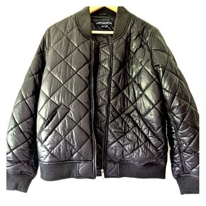 French Connection black quilted puffer jckt sz L